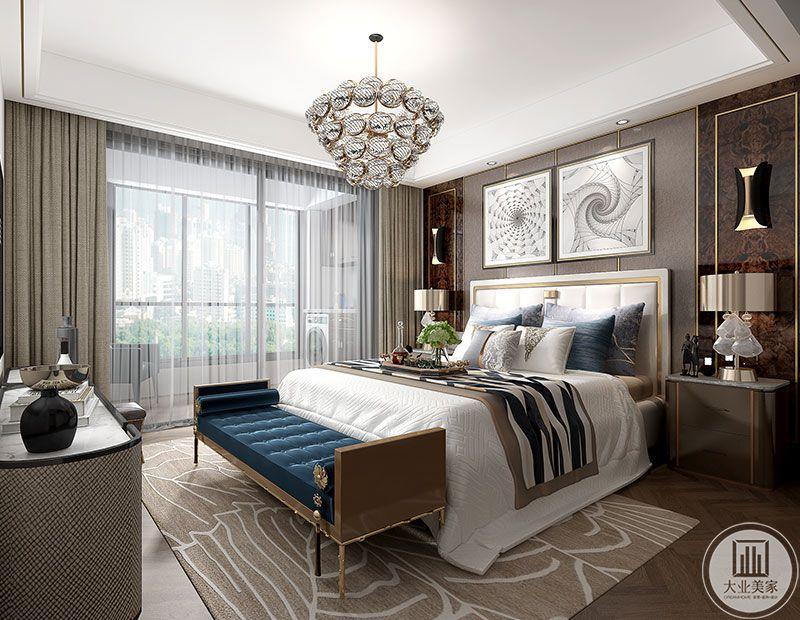 主卧空间以大气沉稳的灰色金属感贯穿,灰色质感的家具、窗帘、背景墙,那么的精致有品质。