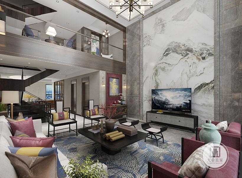 一楼客厅顶面拆除,将客厅背景做大,使得整个客厅更加大气。